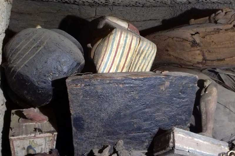 Descubren 27 sarcófagos de más de 2.500 años de antigüedad en Egipto