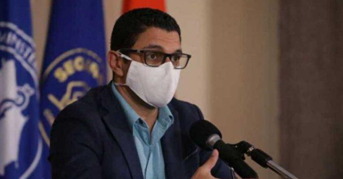 Ministro de Salud solicita a la CCSS aplicar esta nueva medida tras supuesta aplicación anómala de vacuna